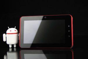 Una dintre primele tablete cu procesor Cortex A9