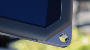 "Tableta Nook HD Plus - detaliu ""gaura"""